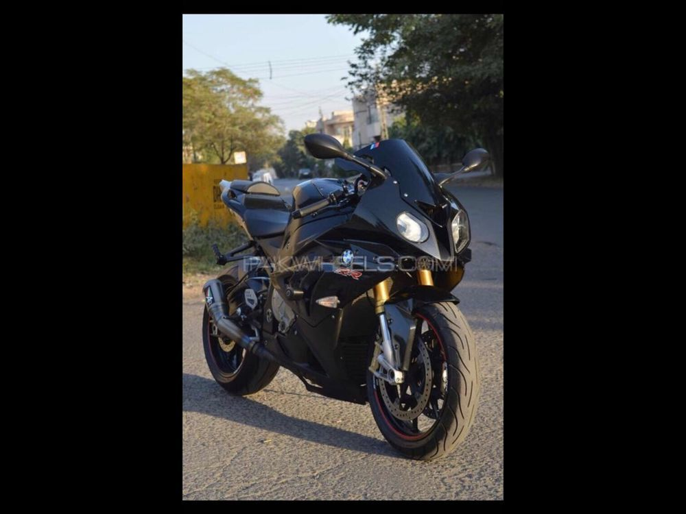 used bmw s1000rr 2012 bike for sale in lahore 188441 pakwheels. Black Bedroom Furniture Sets. Home Design Ideas