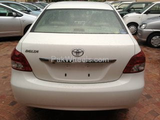 Toyota Belta 2007 Image-4