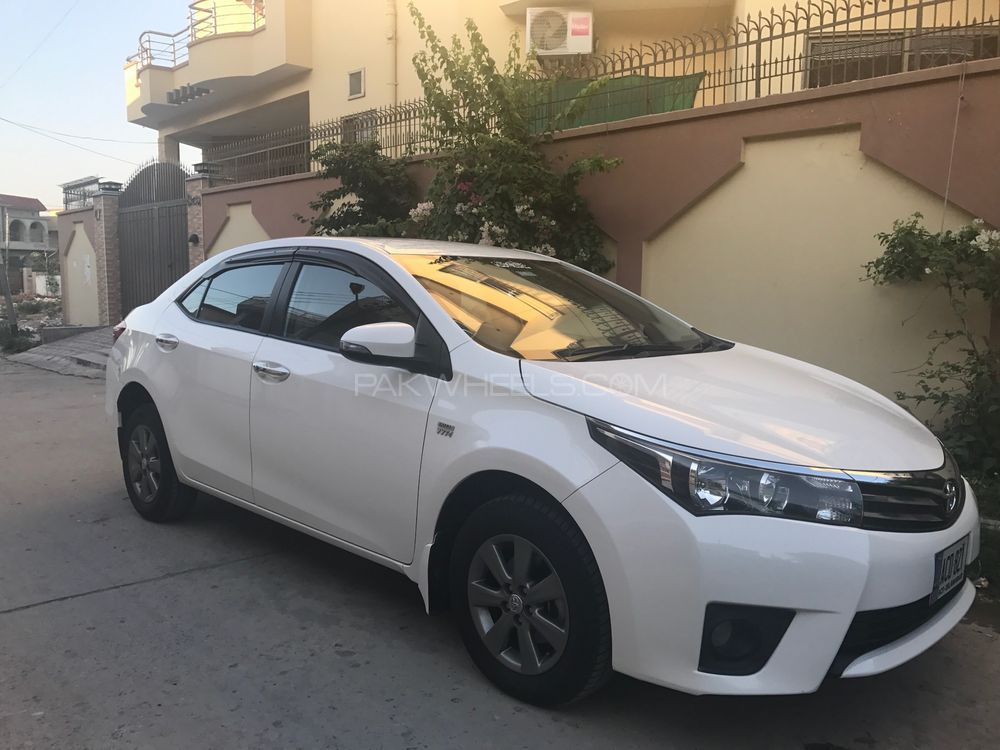 toyota corolla altis automatic 1 6 2016 for sale in islamabad pakwheels. Black Bedroom Furniture Sets. Home Design Ideas