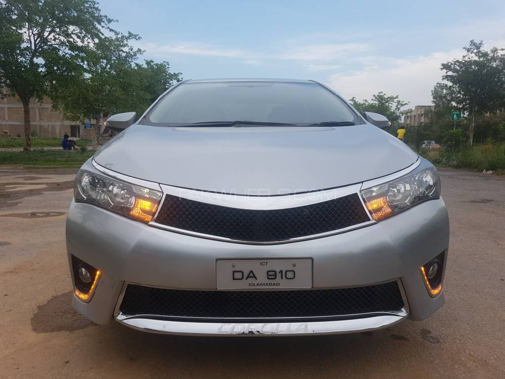 toyota corolla gli automatic 1 3 vvti 2014 for sale in islamabad pakwheels. Black Bedroom Furniture Sets. Home Design Ideas