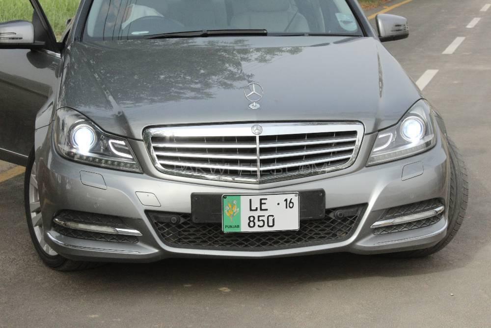 Mercedes Benz C Class C250 2012 Image-1
