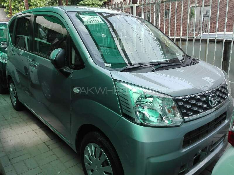 Daihatsu Move 2015 Image-1