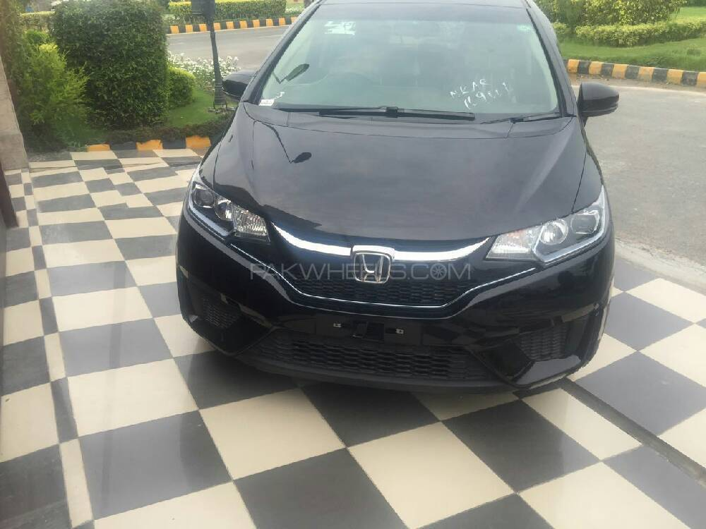 Honda Fit Hybrid Base Grade 1.5 2015 Image-1