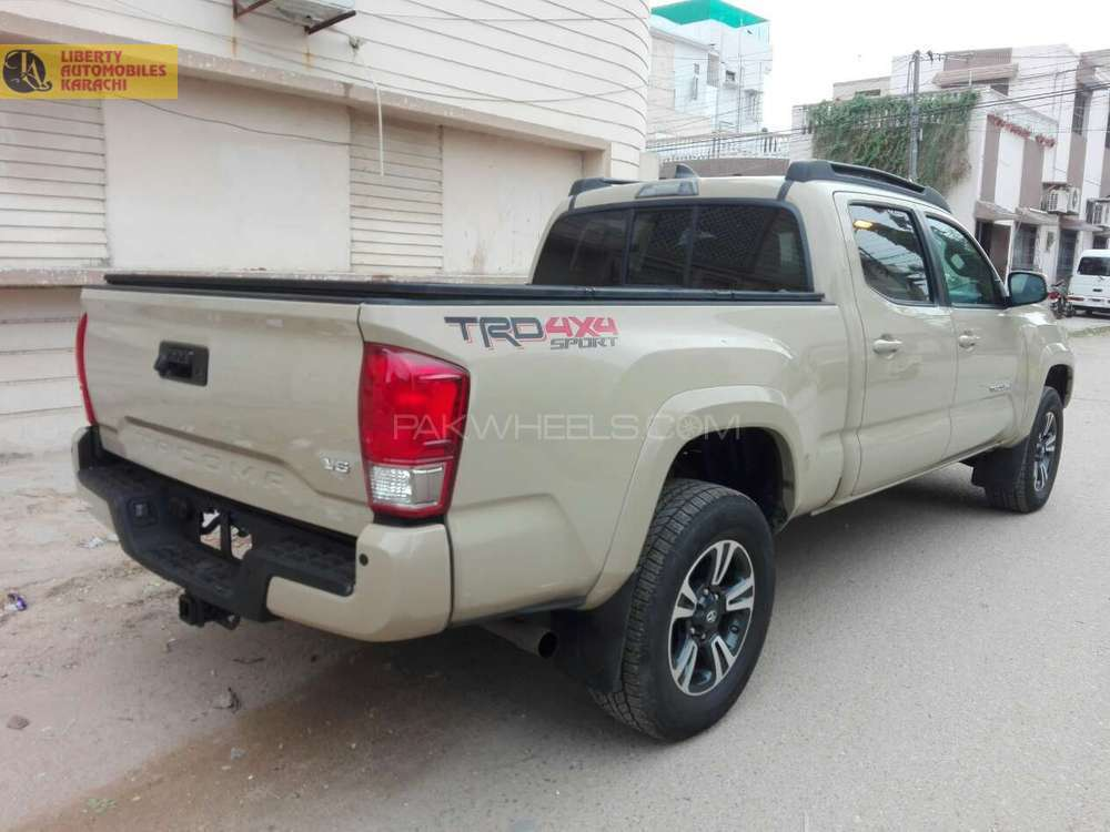 TOYOTA TACOMA 2016 NEW SHAPE FRESH CLEARED FRM USA  TRD SPORTZ FULL HOUSE WITH SUNROOF ORGNAL TV  LIMITED EDITION