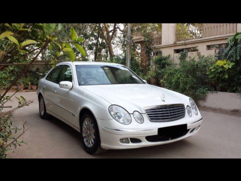 mercedes benz e class e200 2003 for sale in lahore pakwheels. Black Bedroom Furniture Sets. Home Design Ideas