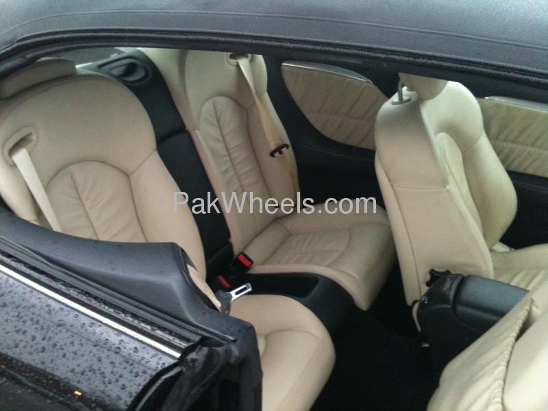 Mercedes Benz CLK Class CLK 200 2009 Image-3