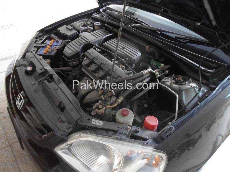 Honda Civic EXi 2002 Image-6