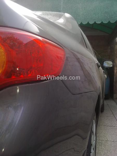 Toyota Corolla GLi 1.3 2010 Image-4