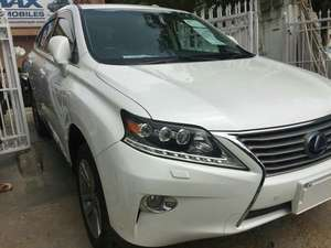 Slide_lexus-rx-series-450h-2-2012-17628077