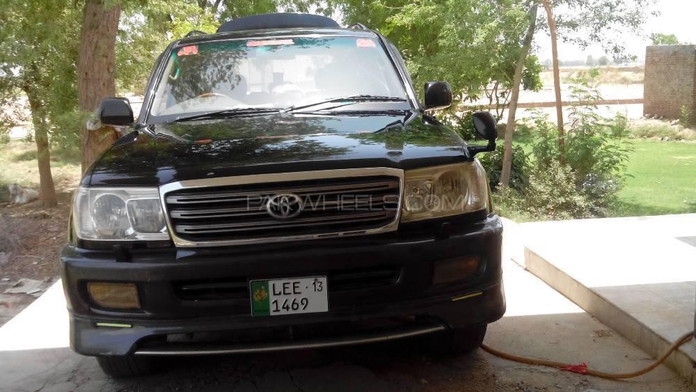 Toyota Land Cruiser Cygnus 2000 Image-1