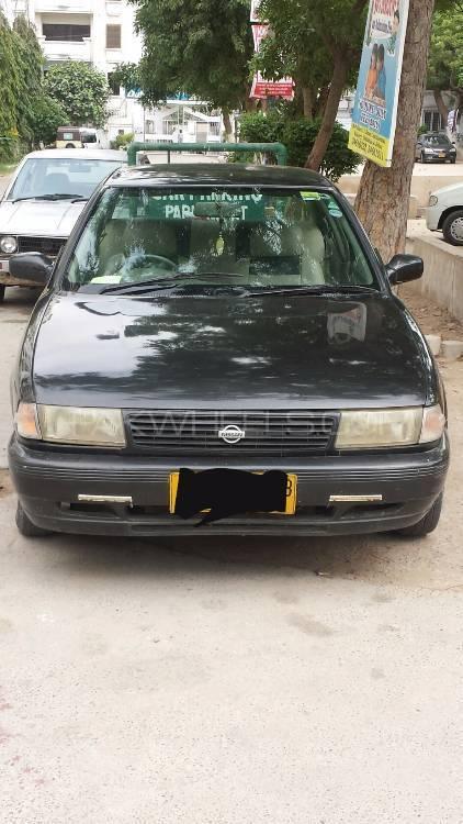 Nissan Sunny LX 1993 Image-1