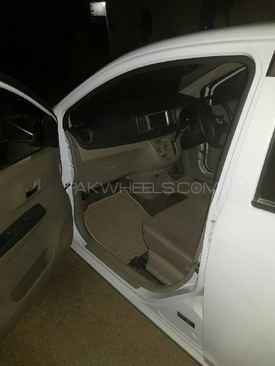 Toyota Pixis X 2014 Image-1