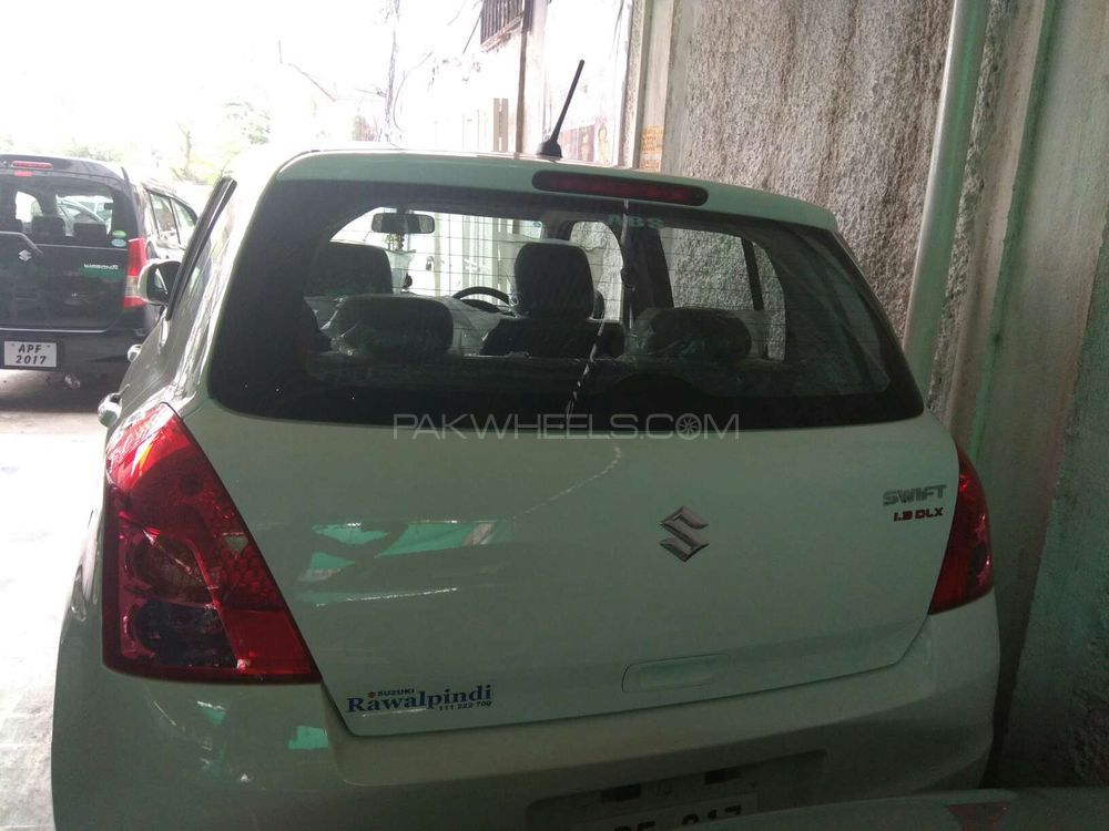 suzuki swift dlx automatic 1 3 2017 for sale in rawalpindi pakwheels. Black Bedroom Furniture Sets. Home Design Ideas