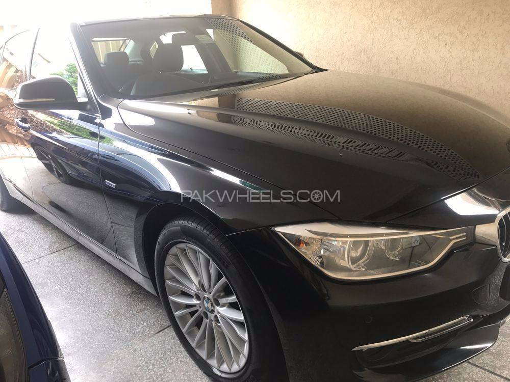 BMW 3 Series 2014 Image-1