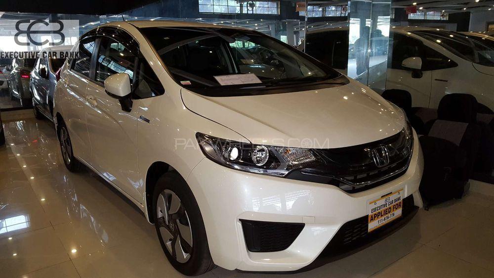 Honda Fit Hybrid L Package 2014 Image-1
