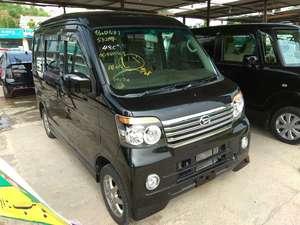Slide_daihatsu-atrai-wagon-custom-turbo-r-black-edition-2012-17747811