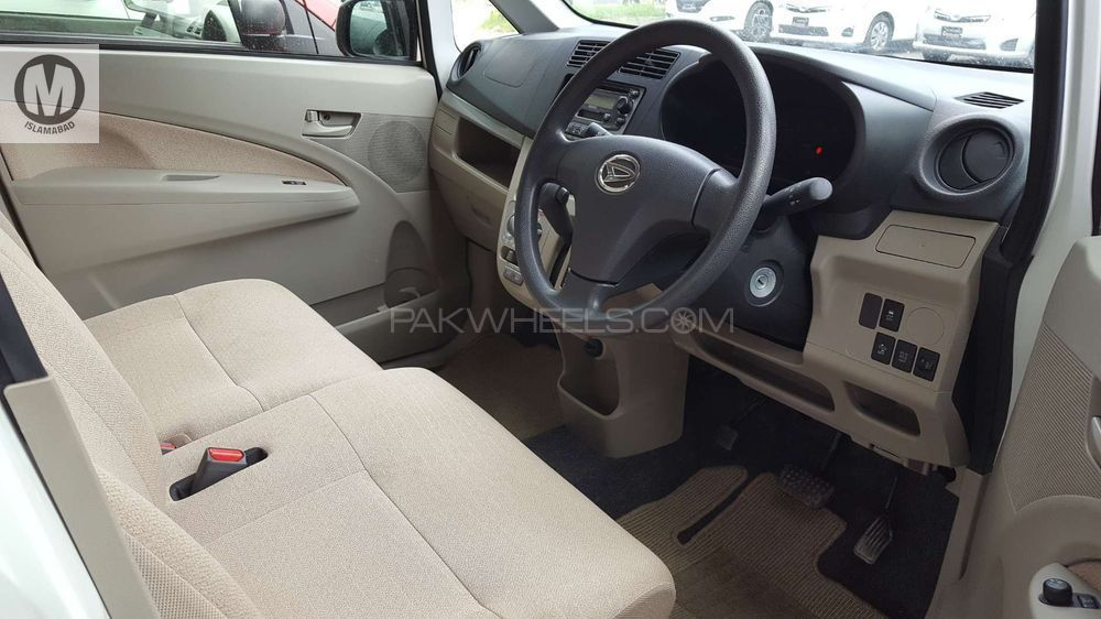 used daihatsu move for sale at merchants automobiles lahore showroom in lahoremerchants automobile. Black Bedroom Furniture Sets. Home Design Ideas