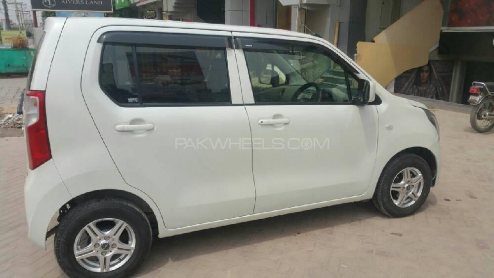 Suzuki Wagon R 2013 Image-1