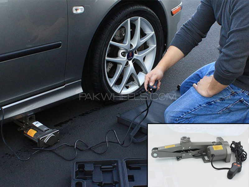 Electronic Car Jack  in Lahore