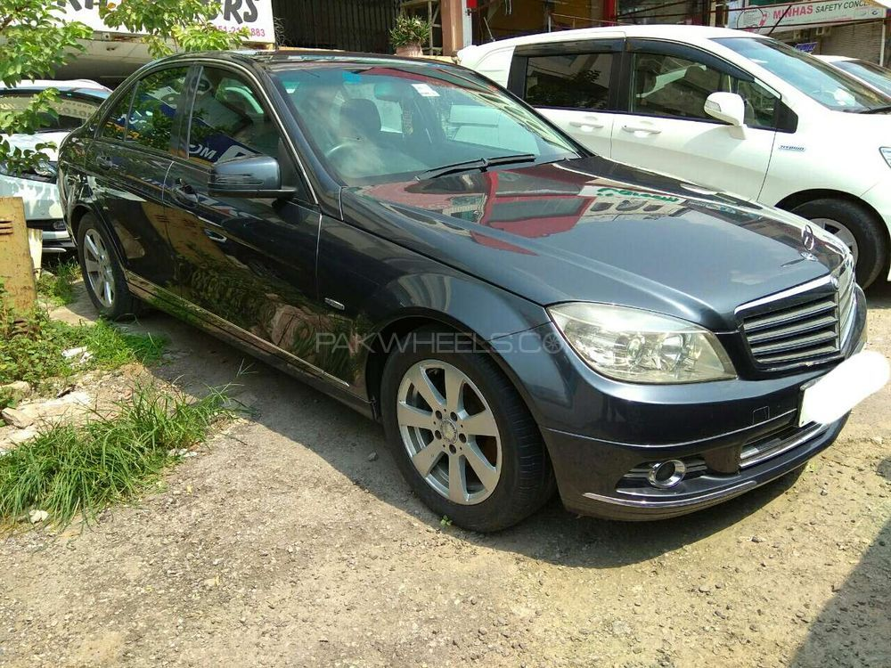 mercedes benz c class c180 2009 for sale in islamabad. Black Bedroom Furniture Sets. Home Design Ideas
