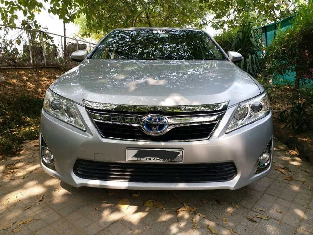 toyota camry hybrid 2011 for sale in islamabad pakwheels. Black Bedroom Furniture Sets. Home Design Ideas