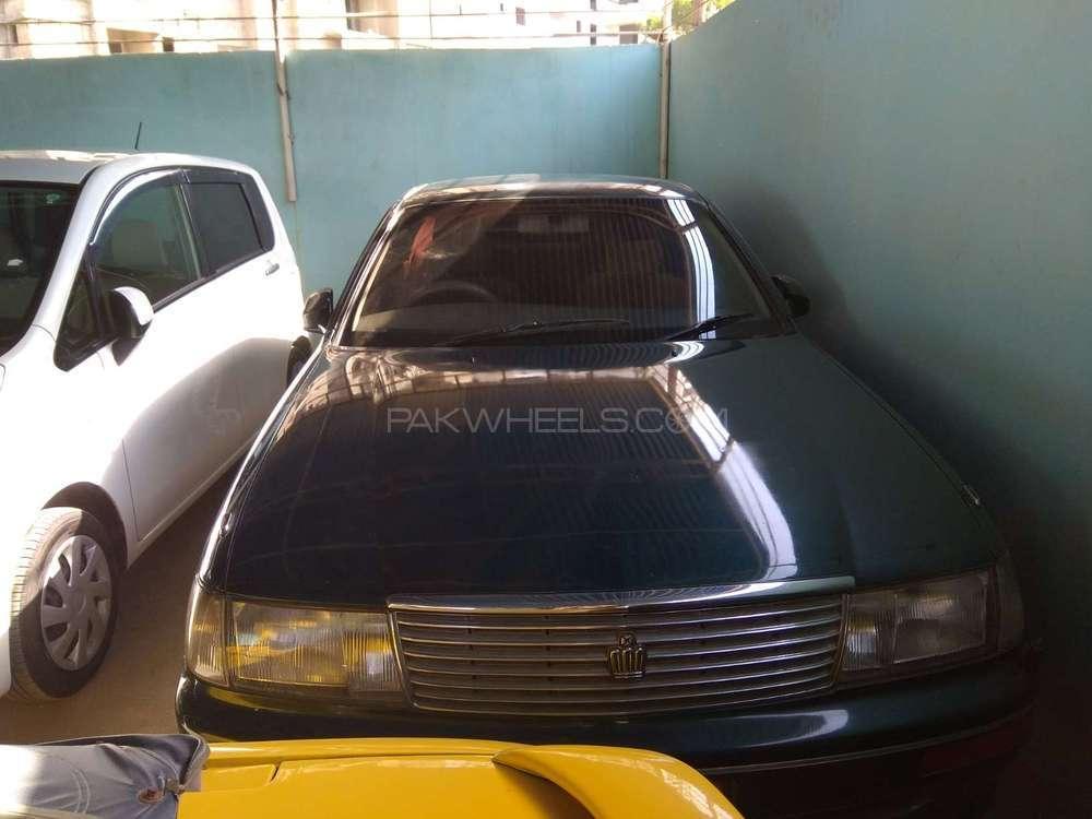 Toyota Crown Royal Saloon G 1998 Image-1
