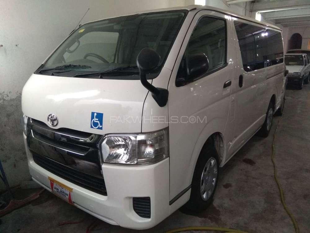 Toyota Hiace Standard 3.0 2014 Image-1