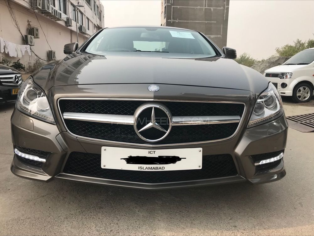 mercedes benz cls class cls350 2011 for sale in islamabad pakwheels. Black Bedroom Furniture Sets. Home Design Ideas