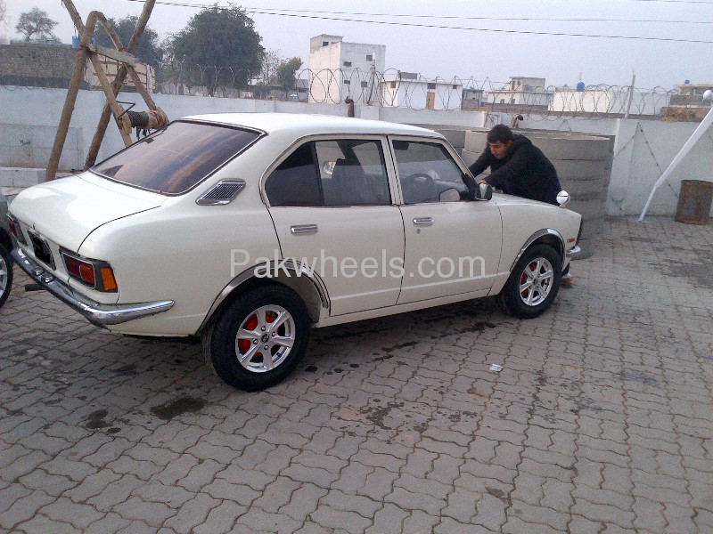 used toyota corolla tx saloon 1974 car for sale in islamabad 560457 pakwheels. Black Bedroom Furniture Sets. Home Design Ideas