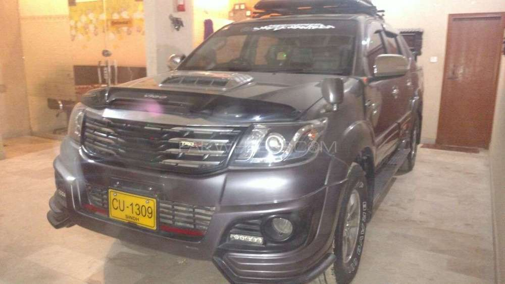 Toyota Hilux 4x4 Double Cab Standard 2012 Image-1
