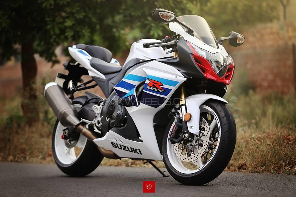 Suzuki GSX-R1000 2013 Image-1