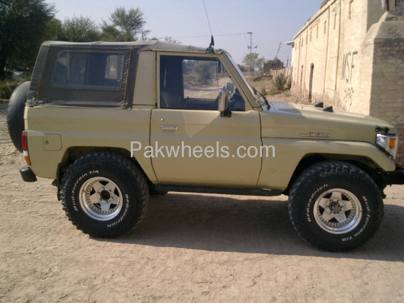 BF Goodrich Mud terrain tyres and Japenese Hollow Alloys Image-4