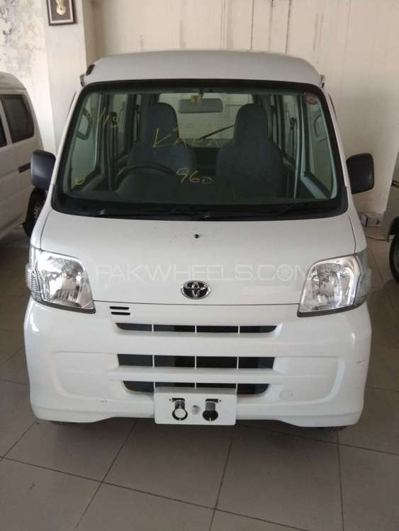 Toyota Pixis Epoch D 2013 Image-1