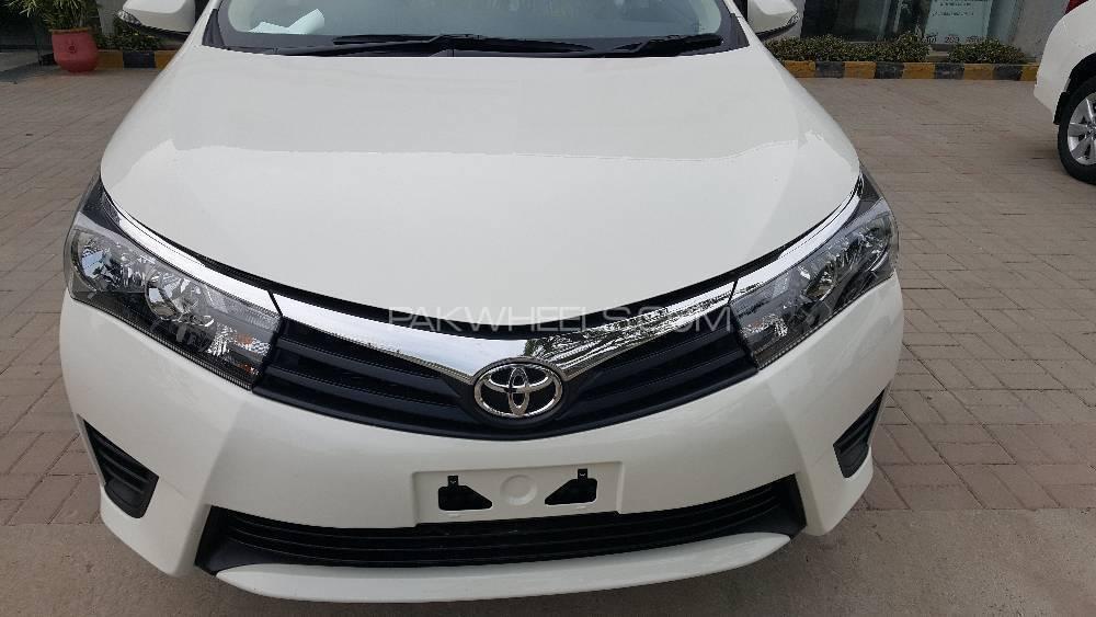 Toyota Corolla XLi VVTi 2018 Image-1