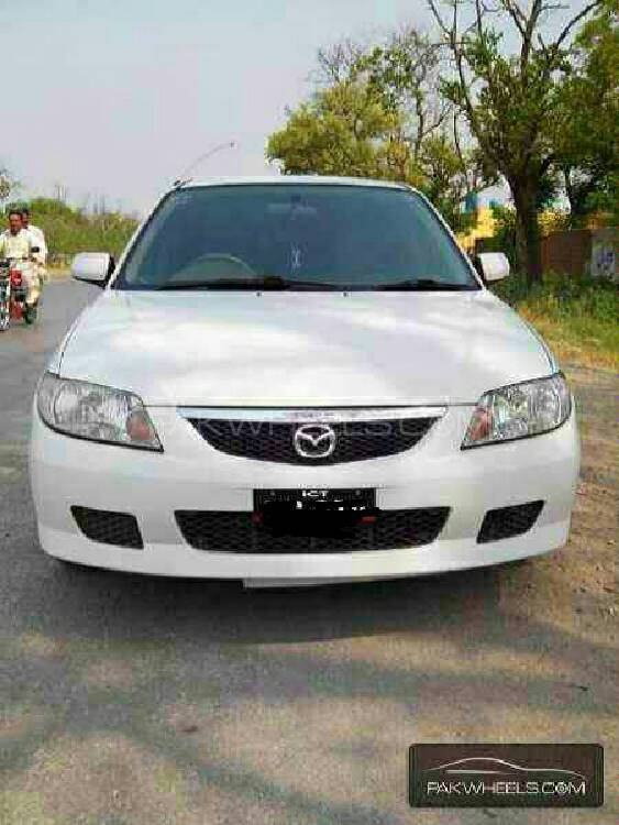 Mazda 323 2003 Image-1