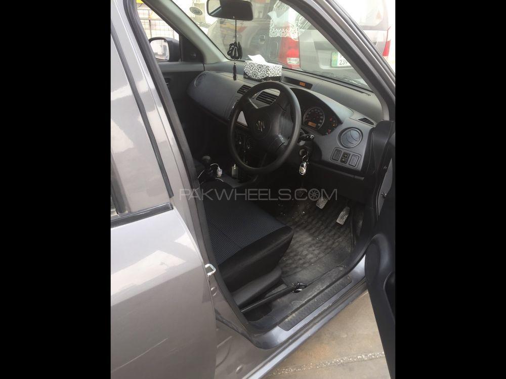 Suzuki Swift DX 1.3 2013 Image-1