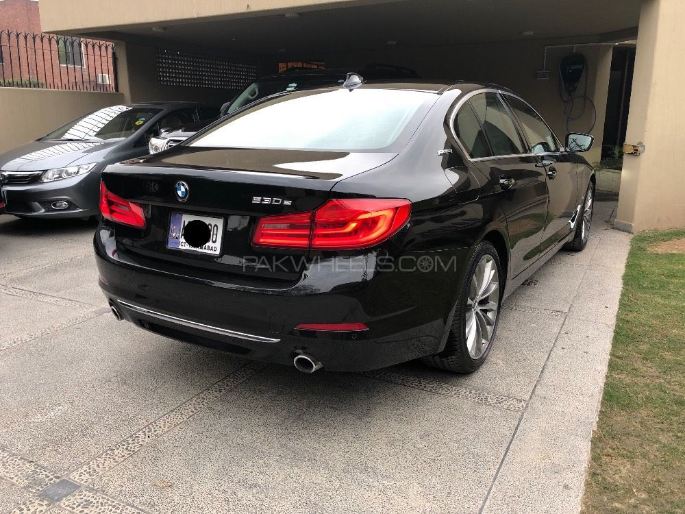 bmw 5 series 530e 2017 for sale in lahore pakwheels. Black Bedroom Furniture Sets. Home Design Ideas