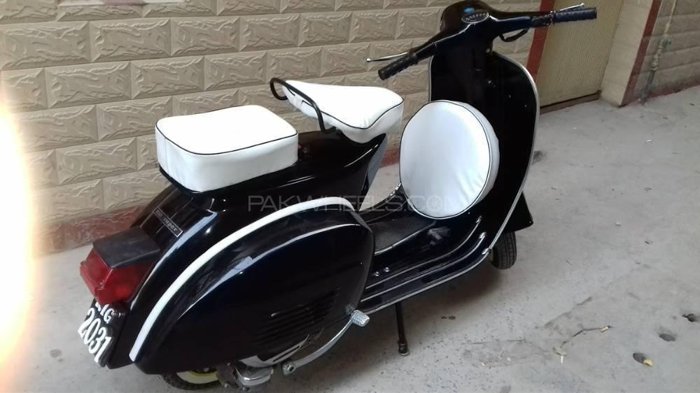 Vespa 150cc 1979 Image-1
