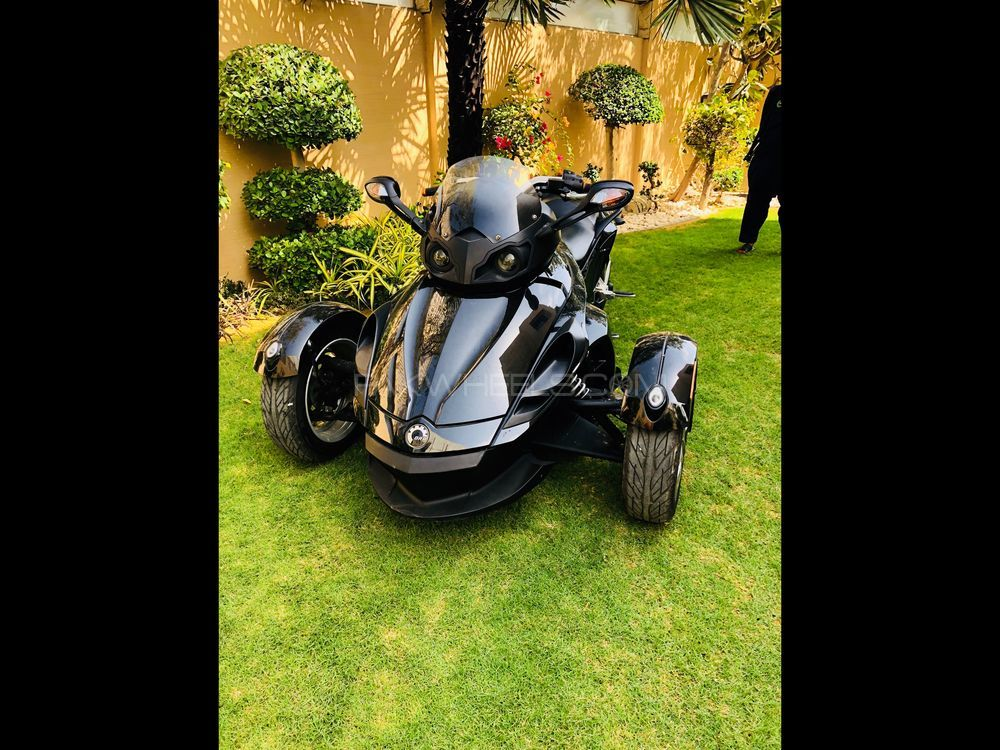 Can-am spyder RS SM5 2013 Image-1