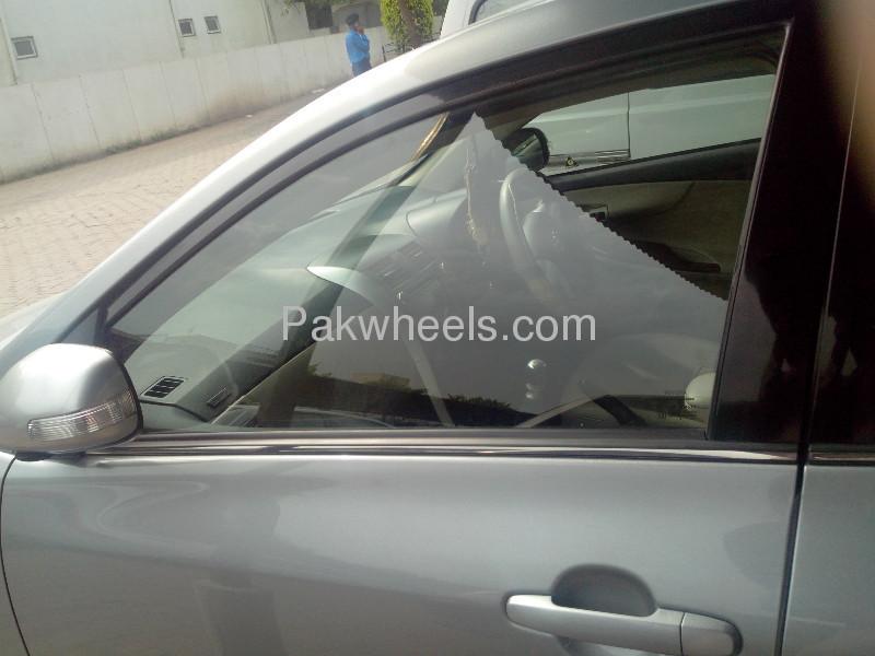 Toyota Corolla Altis SR 1.6 2012 Image-9