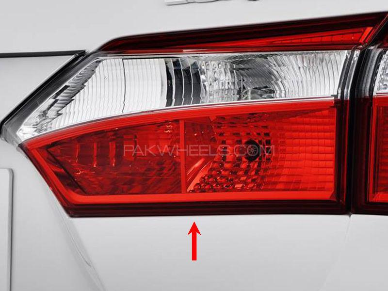 Toyota Corolla TYC Trunk Lamp 2015 XLi - 1 Pc RH Image-1