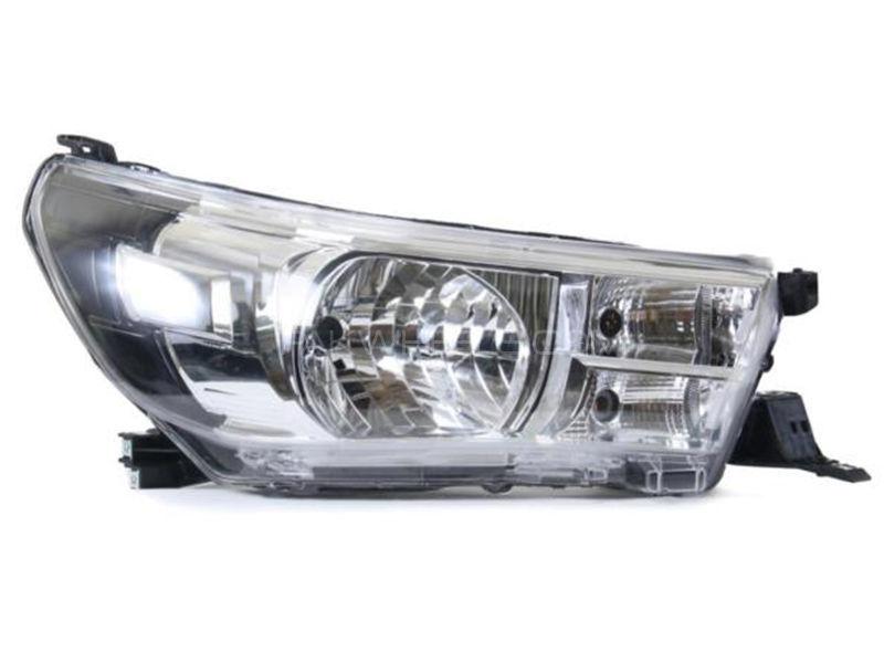 Toyota Hilux TYC Head Lamp 2016 - 1 Pc RH Image-1