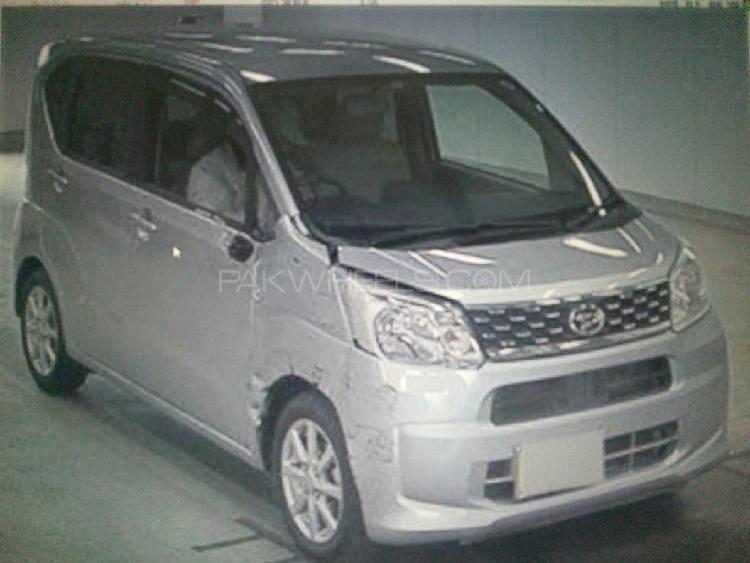 Daihatsu Move 2015 Image-1