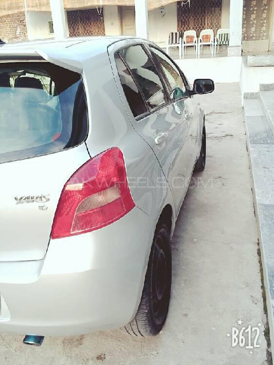 Toyota Yaris 2006 Image-1