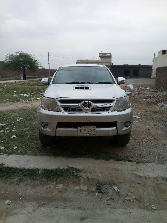 Toyota Hilux D-4D 2005 Image-1