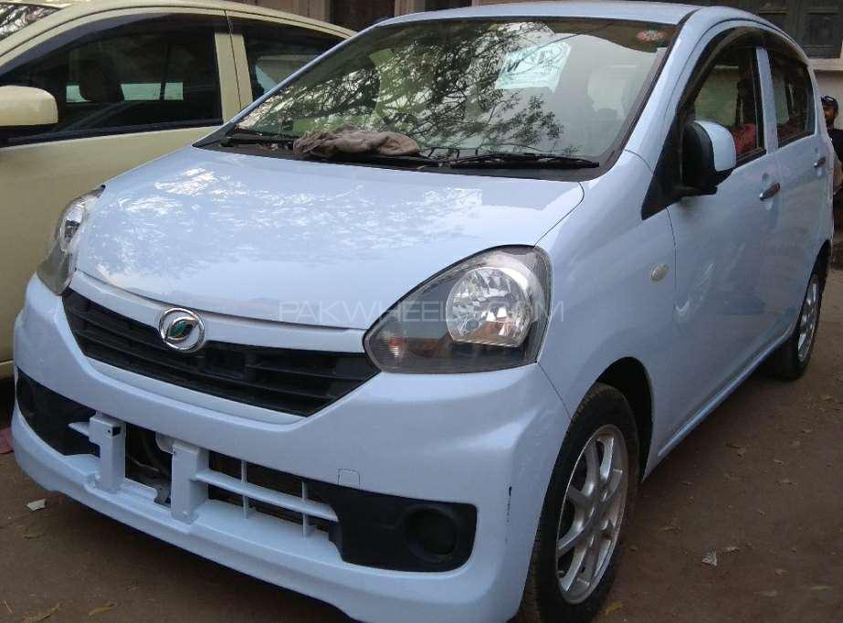 Daihatsu Mira Custom L 2015 Image-1