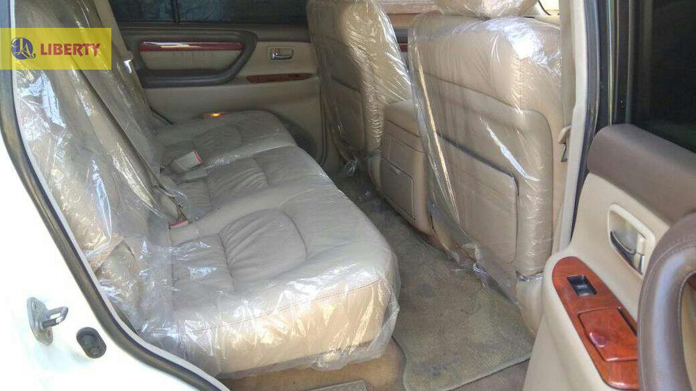 TOYOTA CYGNUS 2002 /3    REG  2004  FULL HOUSE V8   COOL BOOX ORGNAL TV  JUST LIKE BRAND NEW