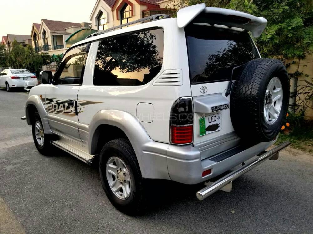 Toyota Prado RX 2.7 (3-Door) 2004 Image-1