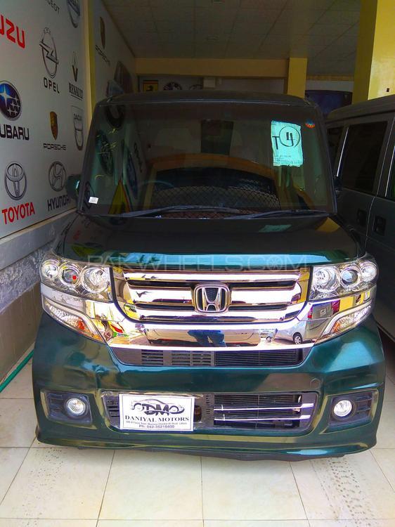 Honda N Box Custom 2016 Image-1