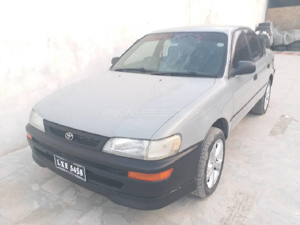 Toyota Corolla XE Limited 1998 Image-1